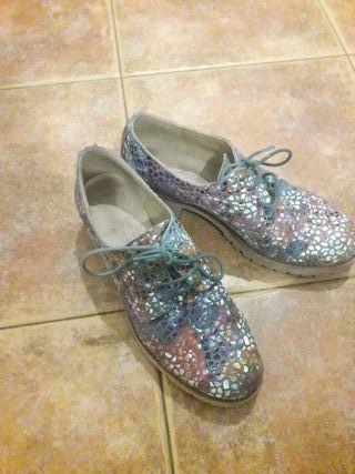 zapatos de piel. nunero 39