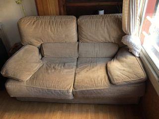 Sofá súper cómodo.