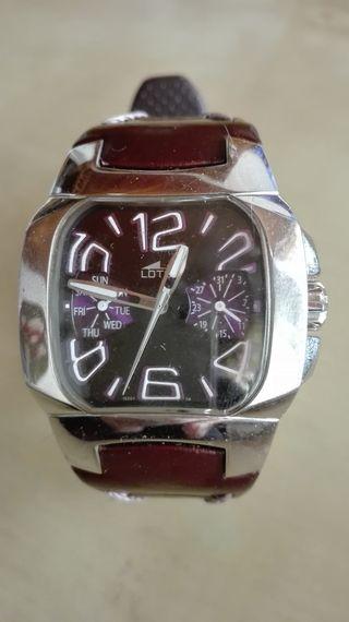 Reloj Lotus auténtico