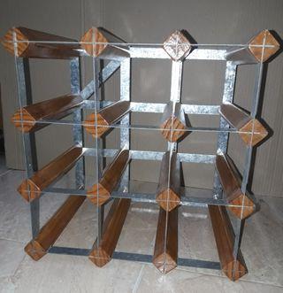 Botellero combinación madera y metal