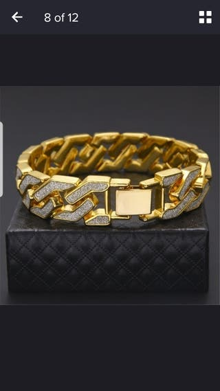 Brand new Gold and CZ bracelet Miami, curb chain