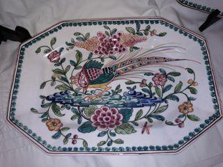 2 platos rectangulares pintadas a mano