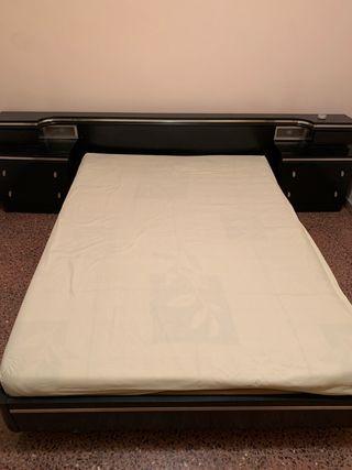 Estructura cama + cabecero + mesillas