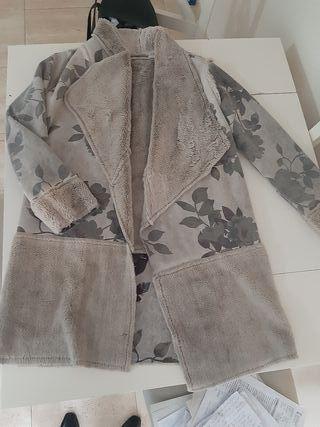 Abrigo de piel de oveja