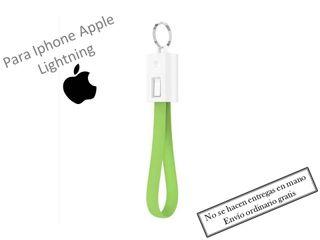 Llavero Verde cargador para Iphone