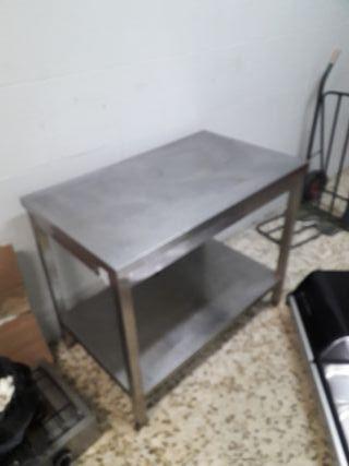 mesa de trabajo de acero 100*60