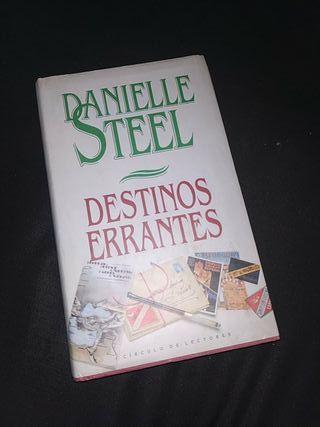 Destinos errantes de Danielle Steel