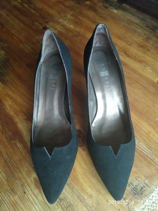zapatos piel negros corte salón impecables
