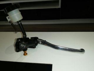 Bomba de freno Brembo Yamaha R1