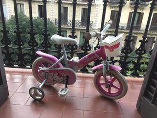 Bicicleta aro 14 niña Rosa Hello Kitty con ruedas