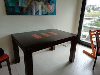 Mesa comedor extensible de roble