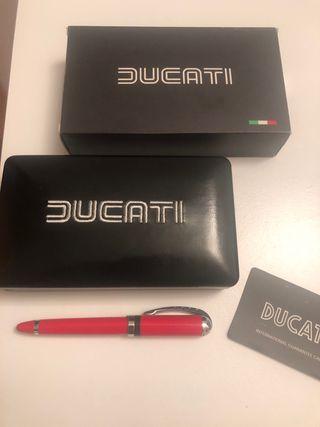 Pluma estilográfica Ducati