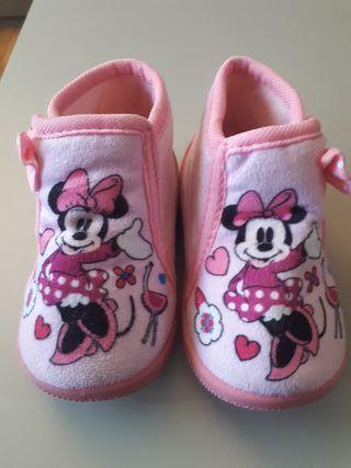 zapatillas bebe niña talla 20