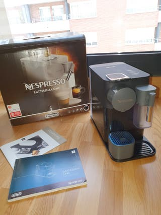 Cafetera Nespresso Lattissima one
