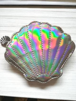 monedero concha holográfico