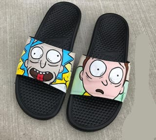 zapatillas de Rick and Morty