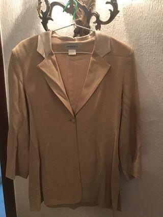 Chaqueta / Blazer color beige