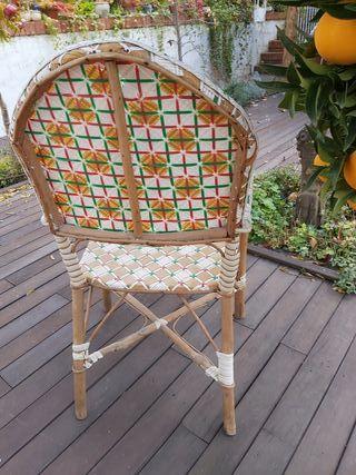 Bellísima silla de madera y mimbre trenzada