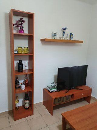 mesa de tv y estante a juego