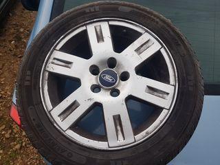 llantas con neumaticos nuevos ford