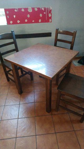 mesa de madera80 x 80