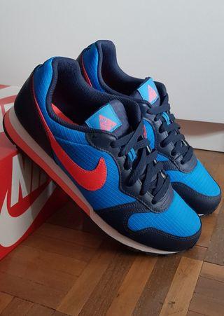 Nike Runner md T39 zapatillas