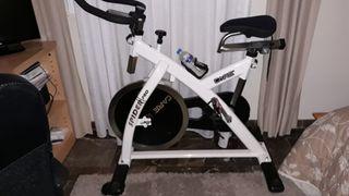 Bicicleta spinning muy poco uso