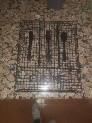 Cubertera Metal