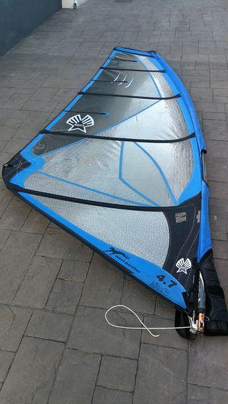 Vela de windsurf Ezzy Panther 4,7