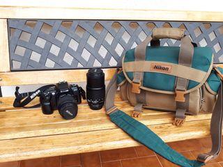Máquina de fotos marca Nikon