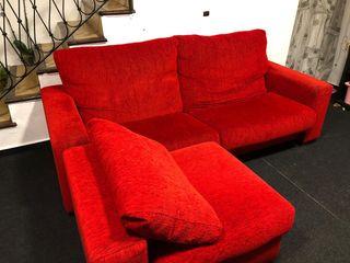Sofá Chaiselong rojo