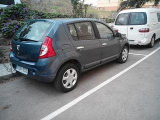 Dacia Sandero 2010