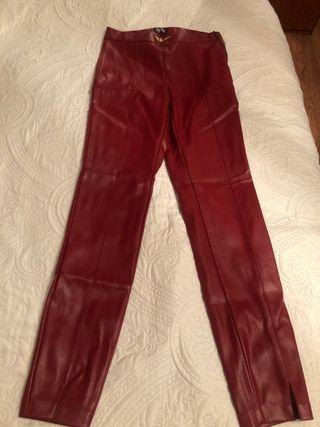 Pantalón legging efecto piel