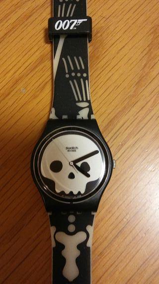 Reloj Swatch totalmente nuevo