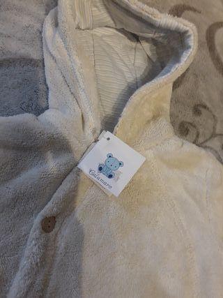 Buzo bebé 3 meses SIN ESTRENAR
