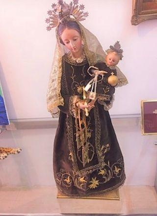 Virgen del Carmen, virgen capipota