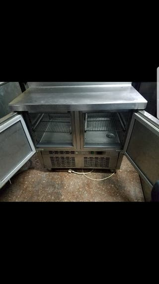 mesa fria de trabajo
