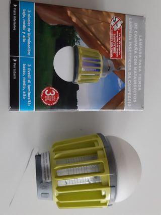 Linterna y luz UVantiinsectos bateria