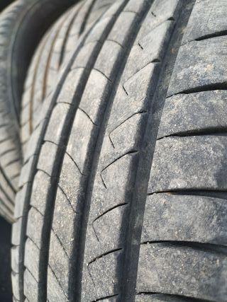 4 Neumáticos 205/55R-16 91V