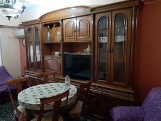 mueble comedor con dos sillones abatibles 200 euro