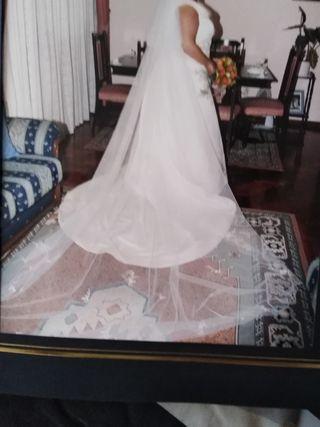 Vestido novia talla 52/54 incluido velo y cancan