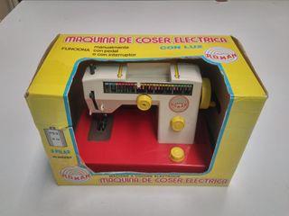 máquina de coser juguete roman