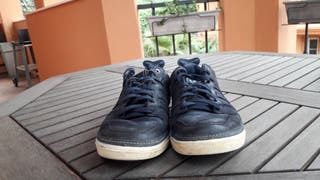 Zapatillas Adidas Vespa de chico piel azul marino de segunda