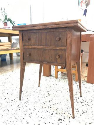 Mueble auxiliar vintage, mesita , tocador