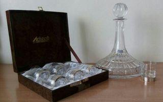Licorera cristal de Bohemia y vasos de licor