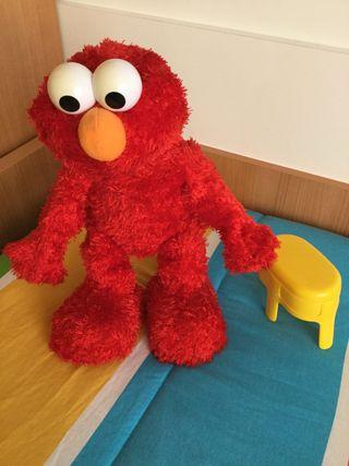 Elmo show peluche interactivo