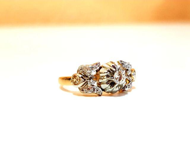 Anillo en oro 18kts y diamantes