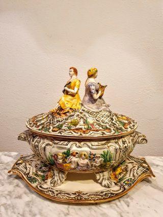 Sopera porcelana portuguesa