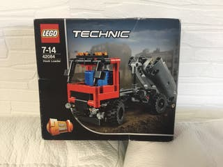 Lego Technic 42084 - Camión Portacontenedores