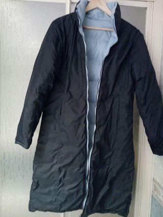 Abrigo largo reversible negro y azul Koalaroo.